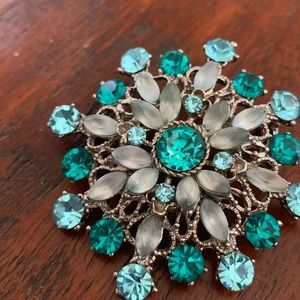 Silver Brooch with Teal Rhinestones